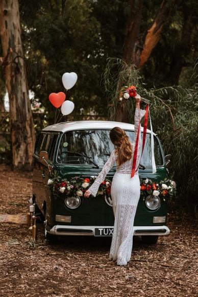 VOLKSWAGEN KOMBI WEDDING